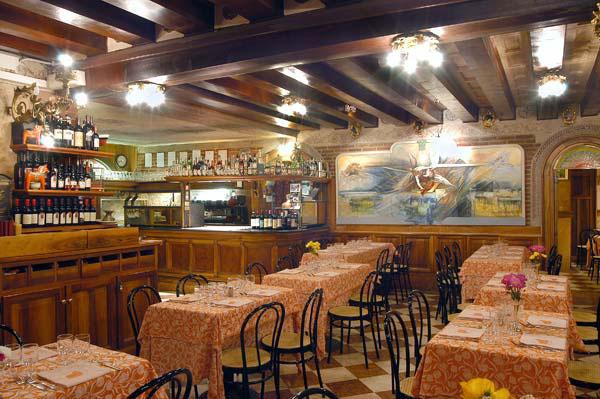 Restaurants Taverna Dei Dogi In Venice