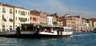 Getting around in Venice – Vaporetti