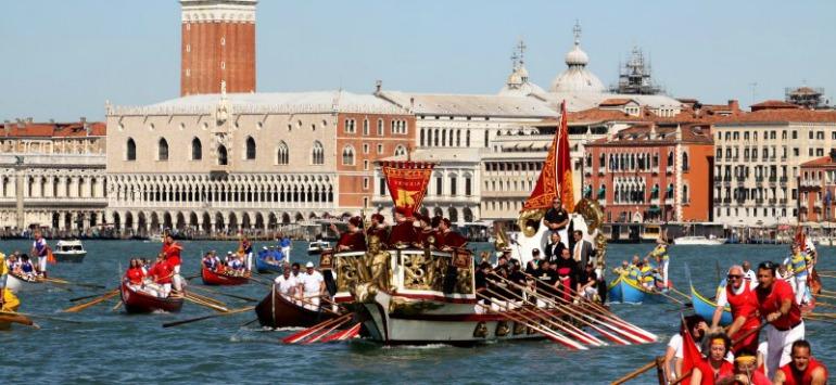 FESTA DELLA SENSA 2014 – Venice marries his sea.