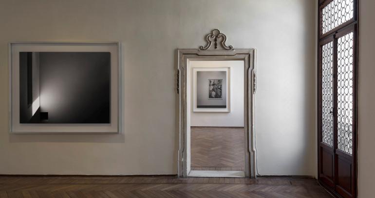 Hiroshi Sugimoto – Modern Times