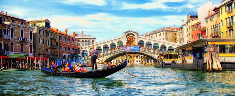Exploring the beautiful islands of Venice