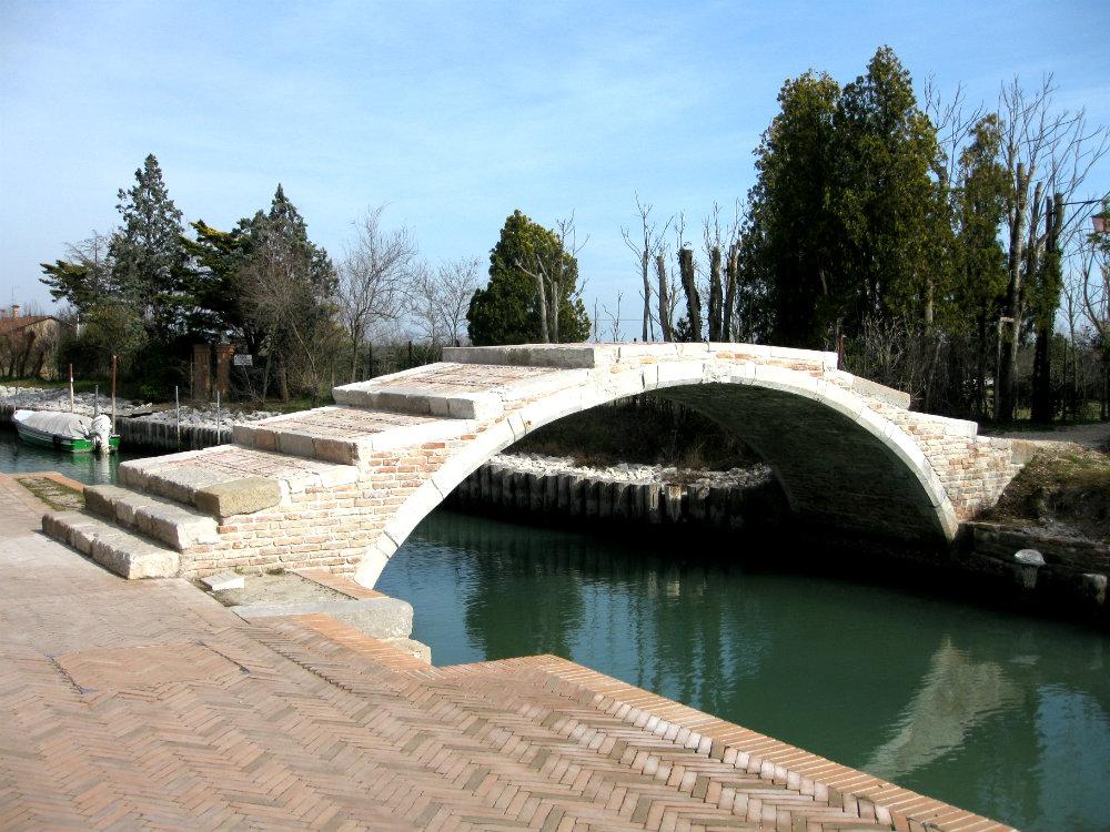 The legend of the Devil's bridge on Torcello Island