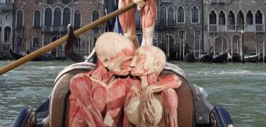 https://en.venezia.net/wp-content/uploads/2019/10/real-bodies-human-art-376x180.jpg