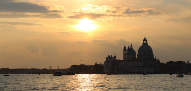 TRANSFER FROM VENICE AIRPORT TO VENICE CRUISE TERMINAL WITH PRIVATE CAR AND DRIVER