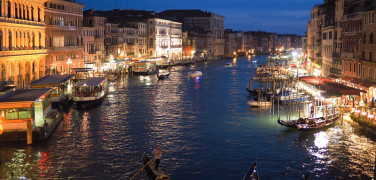 TRANSFER FROM VENICE PIAZZALE ROMA TO VENICE AIRPORT WITH PRIVATE CAR AND DRIVER